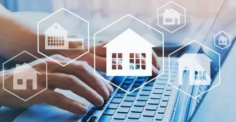 Kopen van huis, vastgoed concept, verschillende huizen online